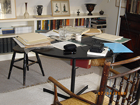 Oral history in progress, Elzea Table, Photographer Linda Sandino