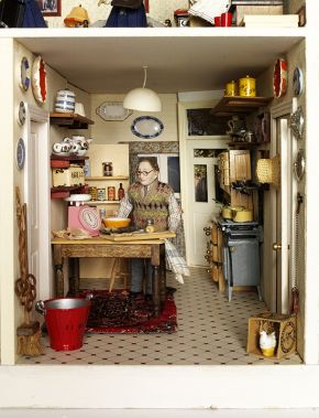 Figure 3. The Hopkinson's House Kitchen, 1990s (furnished in the  style 1942). Museum no. B.8-2007. Photography by V&A  Photographic Studio © Victoria & Albert Museum, London