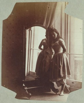 Clementina Maude, photography by Lady Clementina Hawarden, about 1862-3. Museum no. PH.457:230-1968