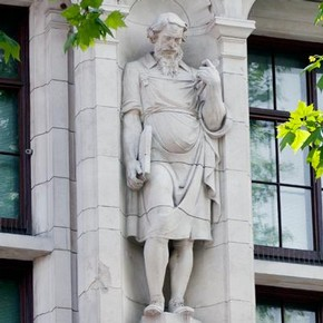 Imaginary portrait of Thomas Chippendale on the Exhibition Road façade of the V&A, Albert Hodge, 1906