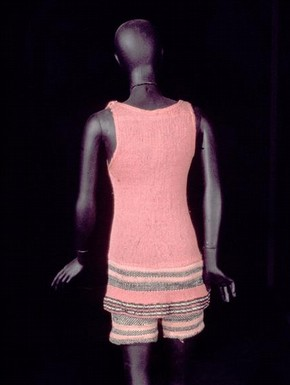 Le Train Bleu Costume, pink knitted wool swimsuit, 1924
