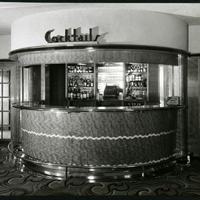 Cocktail bar, Ralph Lamprell, about 1936. Museum no. AAD/1995/13/4/1/2