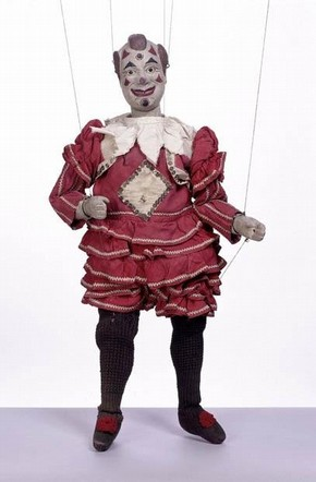 Clown marionette, Tiller-Clowes troupe, 1870s-1890s, Museum no. S.294-1999