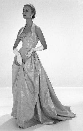 Photograph of an evening dress by John Cavanagh, London, 1953, Spring/Summer Coronation collection. Museum no. AAD/1979/9, © Victoria and Albert Museum, London. Photograph by John French