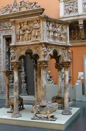 Plaster cast of a marble pulpit by Nicola Pisano, Pisa, Italy 1260, cast made by Franchi and Son, London, about 1864. © Victoria and Albert Museum, London