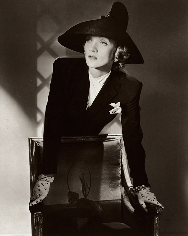Marlene Dietrich, New York, 1942. © Condé Nast/Horst Estate