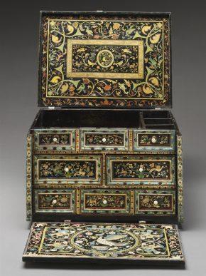 The V&A barniz de Pasto table cabinet (W.5-2015) © The Victoria and Albert Museum