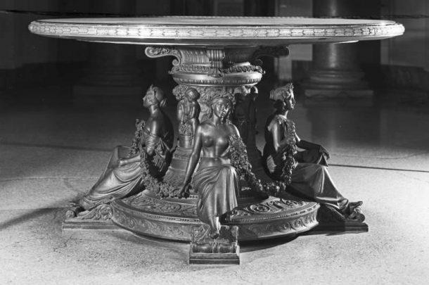 G. Duprè, Allegorie delle Stagioni, base del tavolo di Apollo e le Muse, cast in bronze by C. Papi, 1853, Galleria Palatina, Palazzo Pitti, Florence (Inv. OdA 1526/1911).