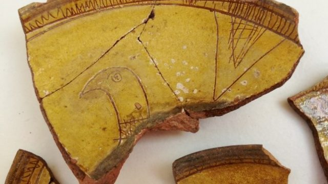 C.8-1921. Partially fragmented bowl with a scratched bird motif. Before and after joining loose fragments together. Images, Johanna Puisto © Victoria and Albert Museum, London.