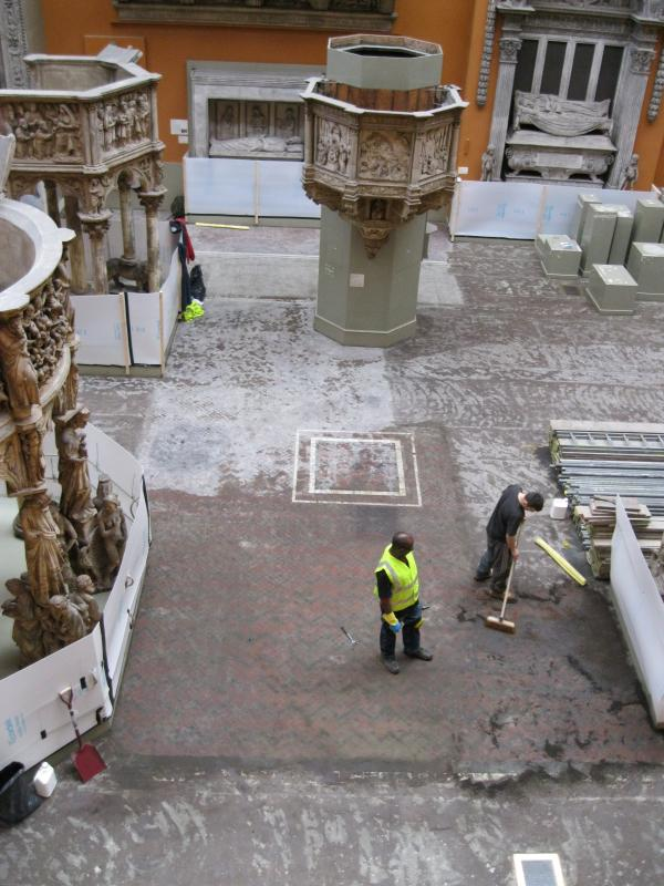 Cleaning of the original floor, 2011