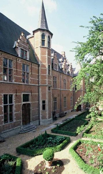 Refuge of Tongerlo Abbey, Mechelen, Belgium © www.dewit.be