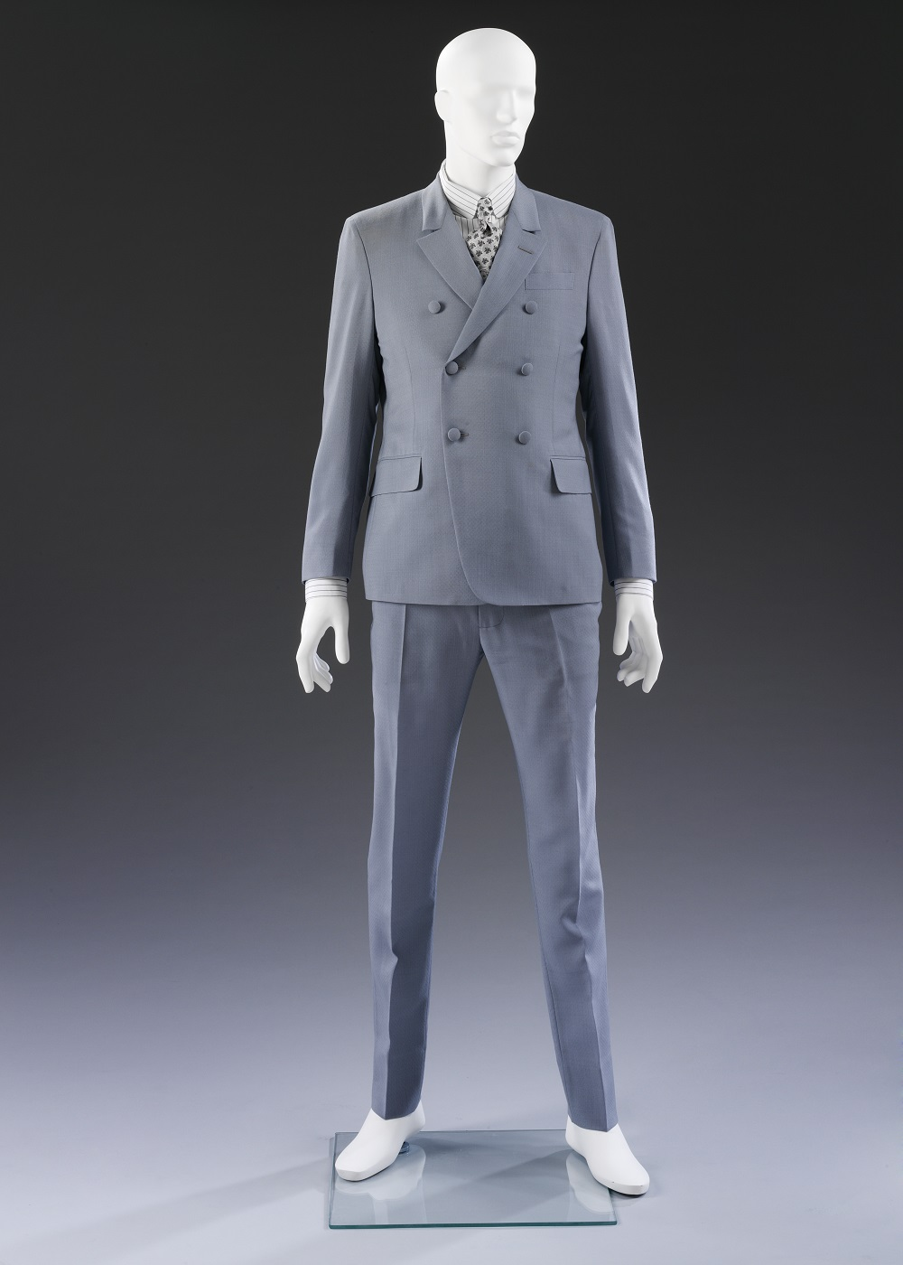 Double-breasted suit by Stefano Pilati for Yves Saint Laurent 9ad4e2c7944