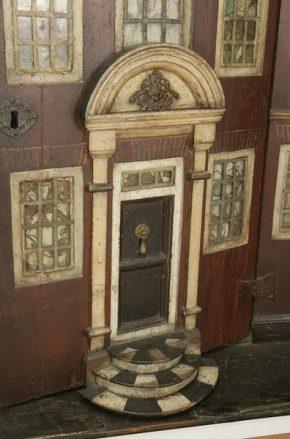 joy wardrobe front door