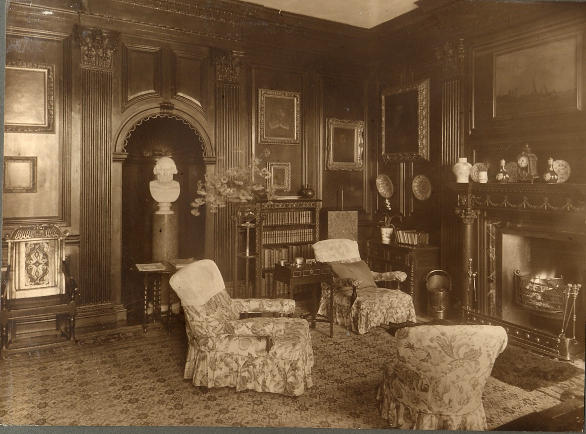 Early 20th-century photograph depicting the oak room of Sewerby Hall