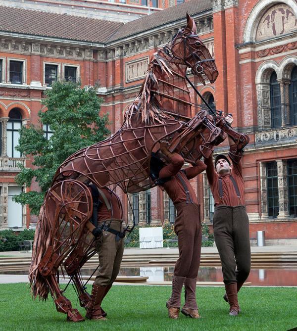 war horse uk stage