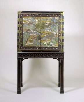 Cabinet, China, about 1700, lacquered wood. Museum no. FE.39:1 to 21-1981 © Victoria and Albert Museum, London