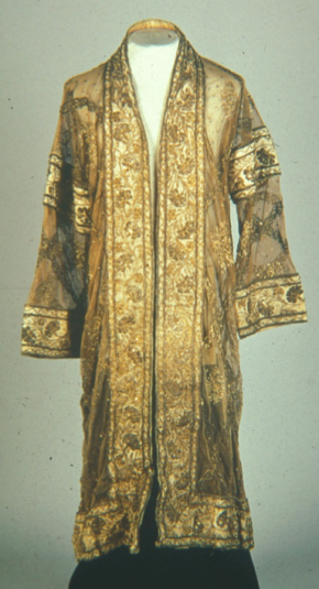 Illustration 8. A Siamese seu-krui or full-length coat of gold thread embroidery, as worn over court dress. It was sent to Lanna and was used as a tribute dress. Image courtesy of Dr Susan Conway.