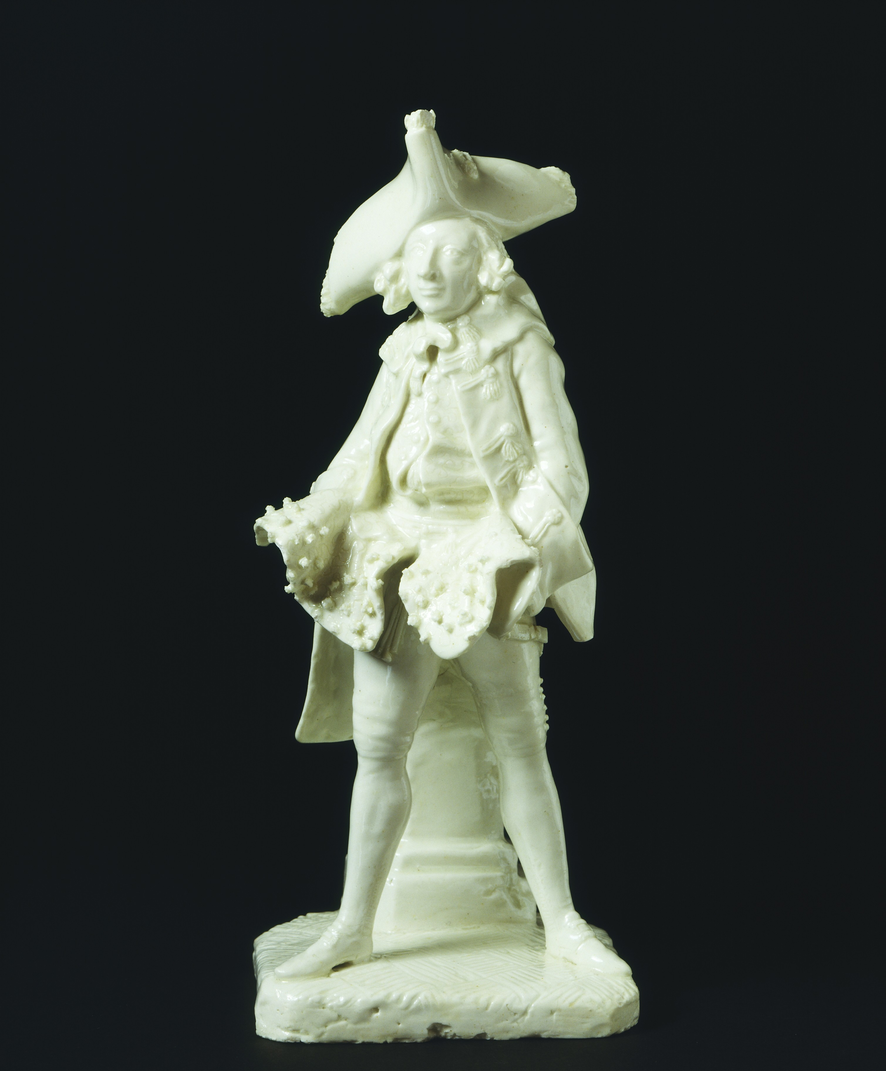 414:135-1885 – Porcelain figure of Henry Woodward as 'The Fine Gentleman'. On display in gallery 58.