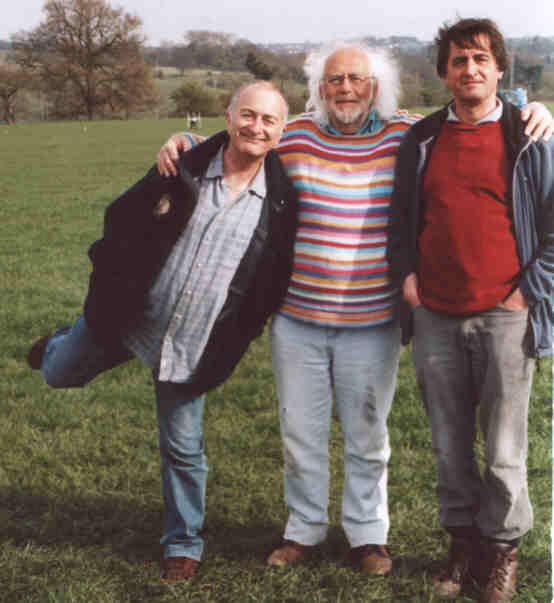 Tony Robinson (left), with Mick Aston and Guy de la Bédoyère on a dig for Channel 4's Time Team, 2007 © Guy de la Bédoyère 2007
