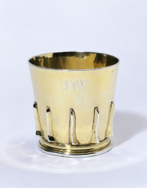Gothic beaker, gilded silver, London, unknown maker, 1496–97; h. 8.9 cm  M.23-2005)