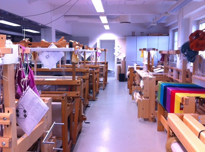 Looms at Aalto University's School of Art& Design. Image © Alicia Farrow, 2015