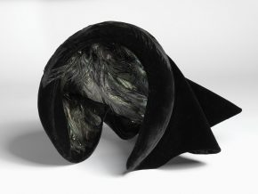 Coniston Hat, made by Frederick Fox, 2000. Museum number: T.33-2003  © V&A Collection