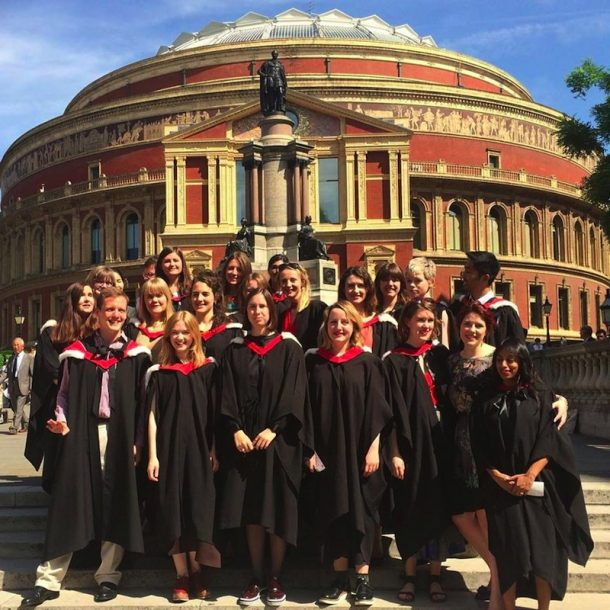 V&A/RCA History of Design Class of 2015. Image courtesy of Harriet Lane, 2015