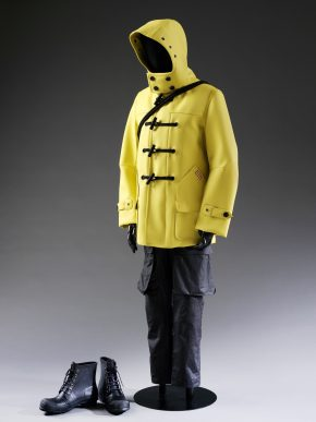 T.3-2015 Ensemble (coat, trousers, pair of boots, bag); Hunter, A/W 2014 Great Britain; China © Victoria and Albert Museum, London