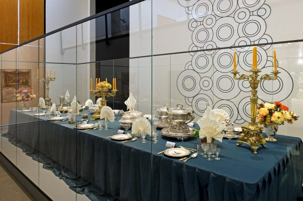 Here you can see the soup tureens as they are displayed in Schwäbisch Hall. © PHILIPP SCH…NBORN PHOTOGRAPHIE