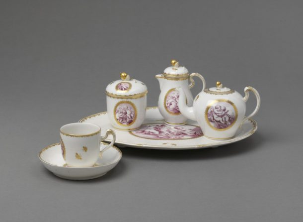 278-1876; 278A/1-1876; 278B/1-1876; 278C/1-1876; 278D/1-1876 Tray Tray of soft-paste porcelain painted in purple enamel and gilded, Tournai porcelain factory, Tournai, ca. 1775. Tournai porcelain factory Tournai Ca. 1775 Soft-paste porcelain painted in purple enamel and gilded
