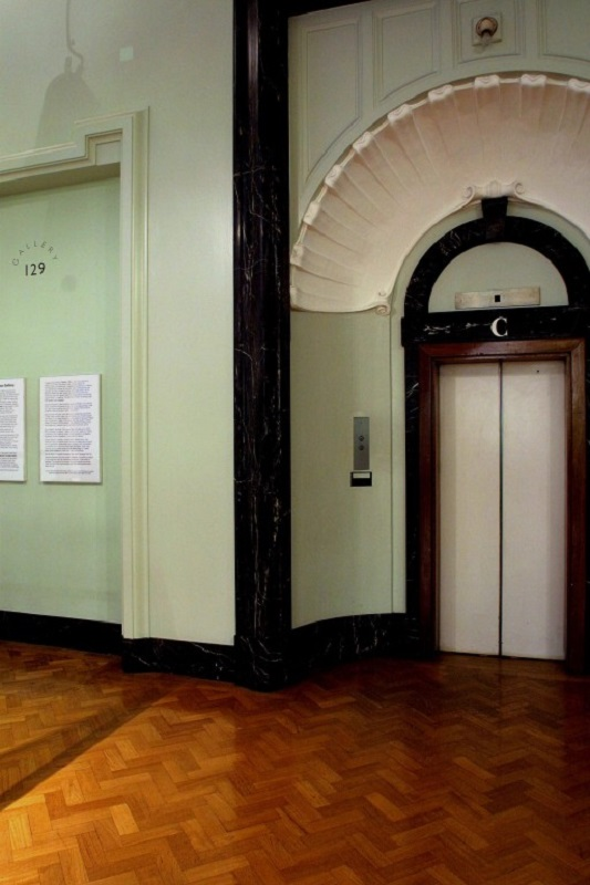 A similar view of Gallery 129 photographed in November 2006