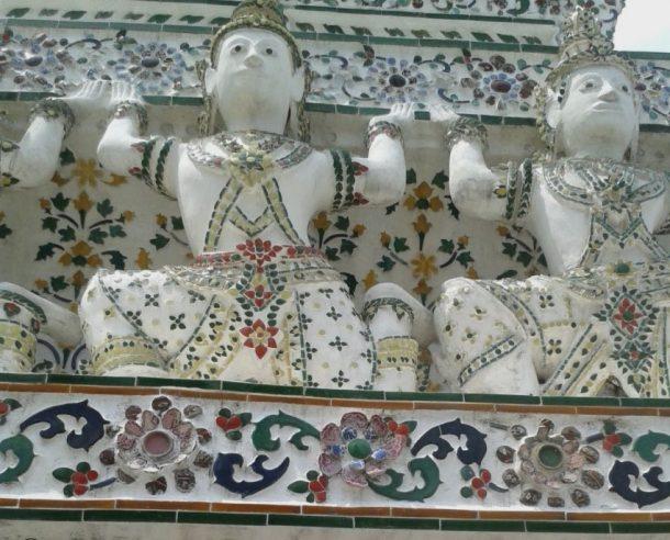 Fig. 7 Floral mosaics of Wat Arun, Bangkok © Sau Fong Chan