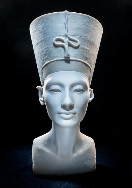 'The Other Nefertiti' Nora Al-Badri and Jan Nikolai Nelles, 2015. © Nora al-Badri/Jan Nikolai Nelles