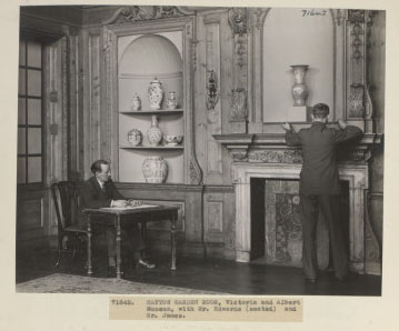 Curators Mr.Edwards & Mr.James in The Hatton Garden Room, December 1934. ©Victoria & Albert Museum, London.