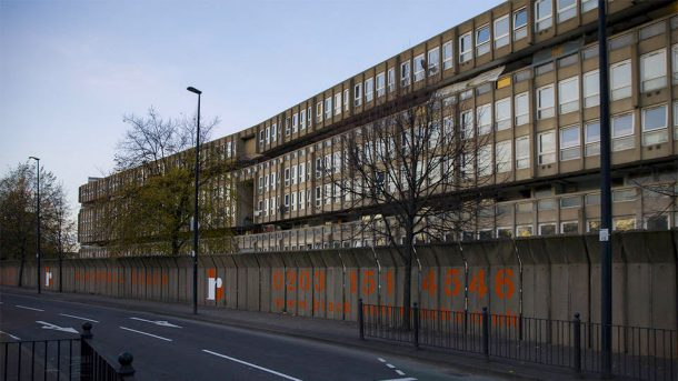 Robin Hood Gardens exterior. © Victoria and Albert Museum, London