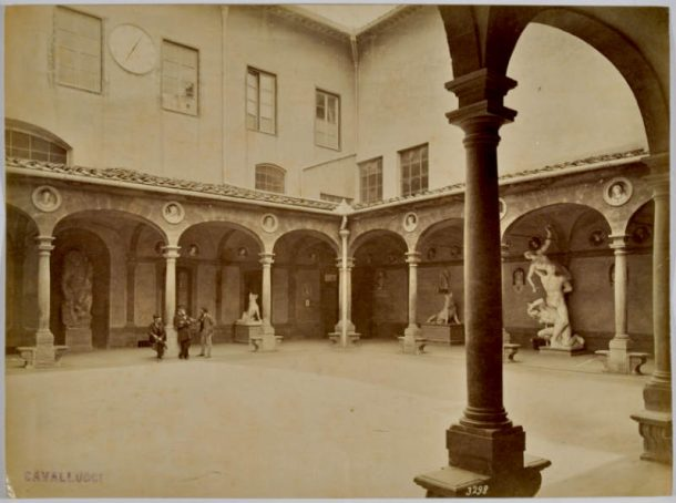 Figure 11. View of the Cloister at Accademia di Belle Arti of Florence, in 1902 ca.: amidst various other works, the original terra cruda model of the Ratto della Sabina by Giambologna (1582) can be seen. It is now in the Accademia Gallery, Florence.