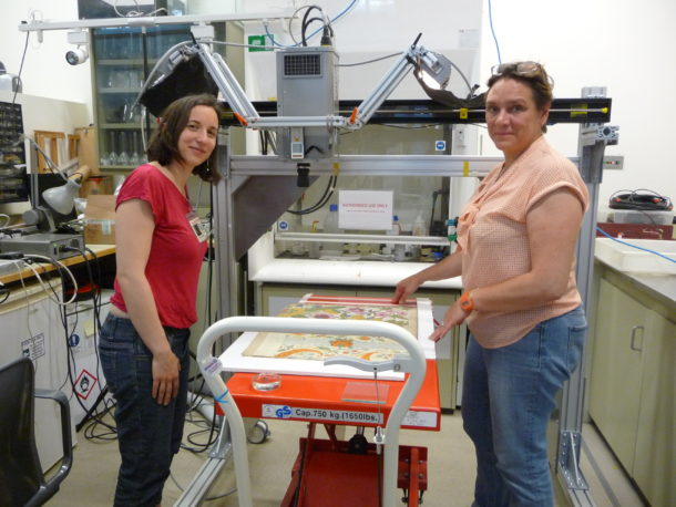 Figure 6: CRC researchers Anne Michelin and Cristine Andraud positioning one of the Leman designs before the analysis.