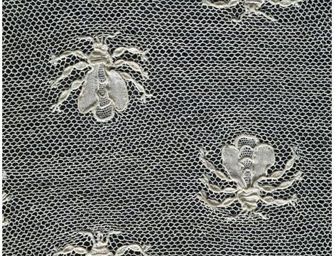Close-up of the bees decorating this fichu