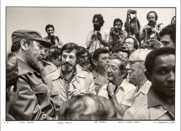 Fidel Castro with a crowd in Havana