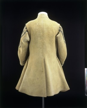 Back flaps, English leather buff coat, 1640-1650, t.34-1948. Victoria and Albert Museum, London.