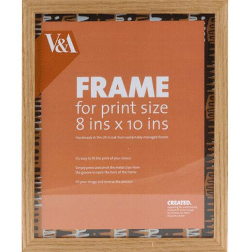 V&A oak box picture frame - 10x8 inches