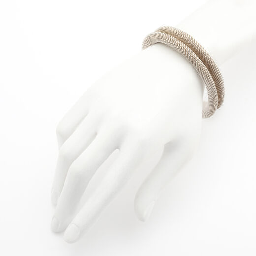 Silver simple mesh bracelet by Sarah Cavender