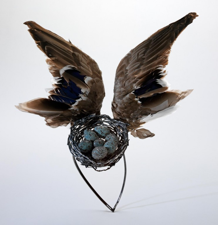 'Bird's Nest' headdress