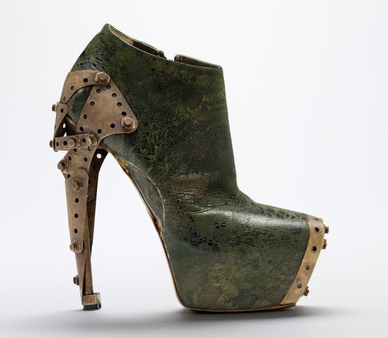 Image of 'Titanic' shoe