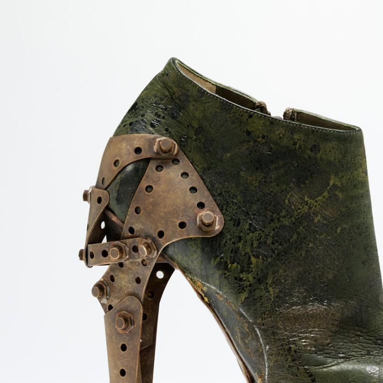 'Titanic' shoe